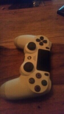 £10 • Buy Genuine Sony White PS4 Controller