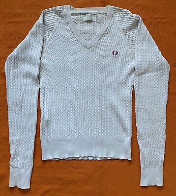 £5 • Buy Ladies Size 12 Fred Perry V Neck Ribbed Jumper