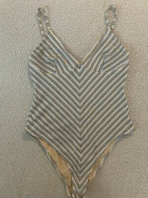 AU35 • Buy Zulu & Zephyr One Piece. Great Condition. RRP $220 Size 14.