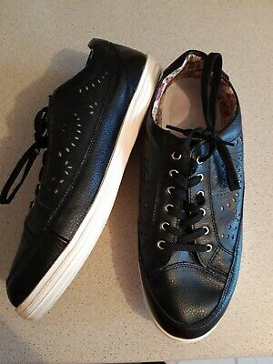 £1 • Buy Wide Fit Trainers 9eee Leather Trainers