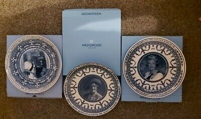 £10 • Buy Wedgwood Queens Ware, Daily Mail, The Mail On Sunday, Collectors Plate