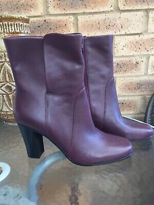 £24 • Buy M&S Insolia Burgundy Leather Ankle Boots Size 4 New