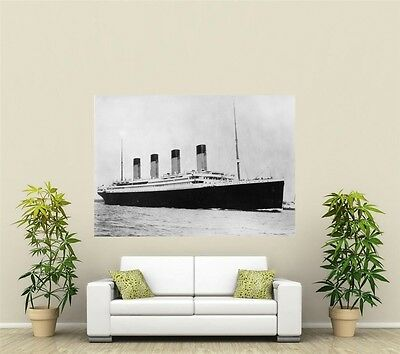 The Titanic Giant 1 Piece Wall Art Poster O119 • 15.86£