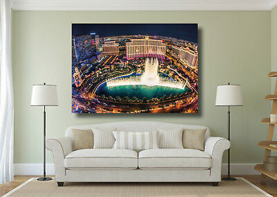Las Vegas Fountains Of Bellagio At  Night Large Poster Wall Art Print  • 14.50£