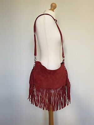 £29.99 • Buy Red Suede Fringe Crossover Bag With Adjustable Strap H18xW32cm