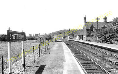Snettisham Railway Station Photo. Dersingham - Heacham. Hunstanton Line. (1) • 3.50£