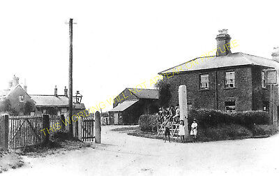 Snettisham Railway Station Photo. Dersingham - Heacham. Hunstanton Line. (3) • 3.50£
