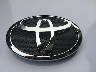 $17.48 • Buy New 2007-2009 Toyota Camry Hood Grill Black & Chrome Grille Emblem 75311-06060