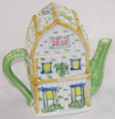 Novelty Teapot Green White Cottage Town House Front Collector Tea Pot  • 14.25£