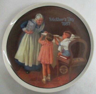 $ CDN3.76 • Buy 1987 Norman Rockwell ~ Grandmas Surprise ~ Mothers Day Plate~ Very Nice!