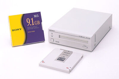 Sony RMO-S561 9.1GB External Scsi Magneto Optical MO Drive (SMO-S561) NEW UNITS • 270£