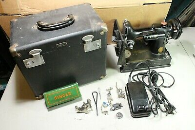 $409.99 • Buy Vintage 1956 Singer Featherweight Sewing Machine Model 221 W Box & Accessories