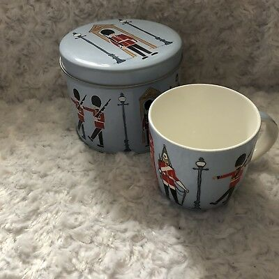 Ulster Weavers Iconic Britain Mug And Tin London Palace Guards Telephone Booth • 10.85£