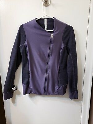 $ CDN50 • Buy Lululemon Emerge Renewed Jacket  Zip Coat Sz 10 Nightfall/Diamond Jacquard