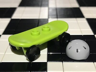 Lego Skate Board With Helmet X1 City / Sports / Racer / Minifigure Not Included. • 2.49£