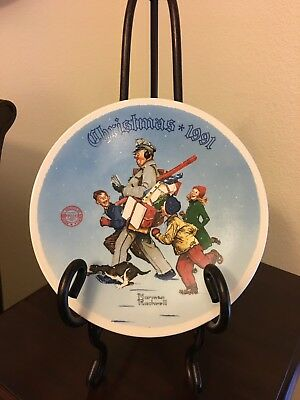 $ CDN22.24 • Buy Norman Rockwell Collector 1991 Christmas Plate  Santa's Helper  Knowles China