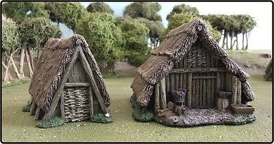 £54 • Buy 28mm Dark Age 'smithy & Peasant Huts' - Painted To Collectors Standard