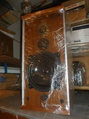 $ CDN2198.96 • Buy 1970s Pair Of Vintage B&W Bowers & Wilkins DM 4 Speakers. Super RARE!!!