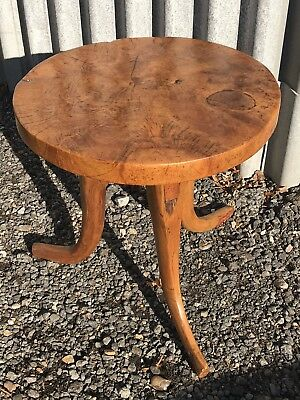 £125 • Buy Solid Yew Coffee Table On 3 Legs - Beautiful Patina
