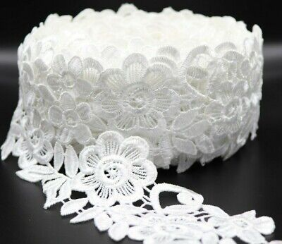 1 M White Cotton And Polyester Mix Satin Thread Lace Trim.  • 2.99£