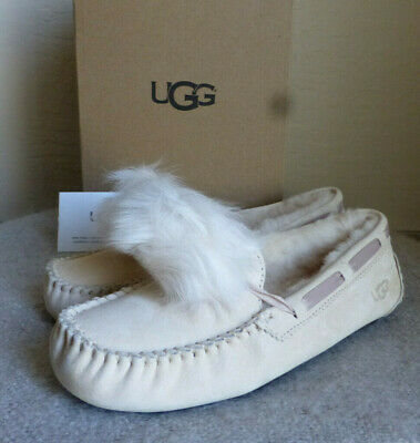 28eadc95273 ugg slippers