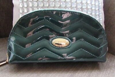 £3.99 • Buy Claudia Canova Green Patent Stitched Clutch Bag With Logo