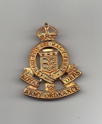 Royal Army Ordnance Corps Cap  Badge With King's Crown • 3.95£