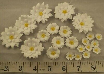 White Daisy Paper Flower Embellishments Crafts Card Making - Various Pack Sizes • 4.19£
