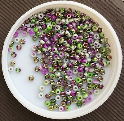AU4 • Buy 8/0 Miyuki Japanese Seed Beads, Unions White Opaque Funky Orchid (95001), 10g