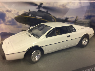$ CDN45.39 • Buy James Bond 007 Lotus Esprit The Spy Who Loved Me Land Version 1:43