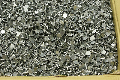 Felt Clout Nails 13mm  Pack Of 200 For Shed Roof, Repair Galvanized Finish  • 4.35£
