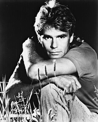 $69.99 • Buy Richard Dean Anderson In Macgyver 16x20 Canvas Giclee