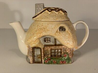 £13.99 • Buy Thatched Cottage Teapot