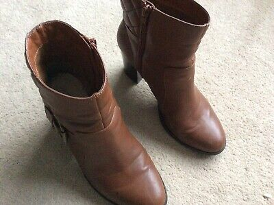Red Herring Brown Ankle Boots Heels Size 6 • 6£