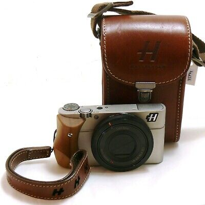 View Details Hasselblad Stellar Digital Camera With Case And Grip MINT- #35794 • 950.00£