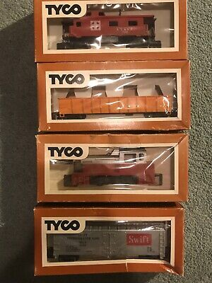 $ CDN45.61 • Buy Lot Of 4- Tyco Ho Scale Electric Trains Set