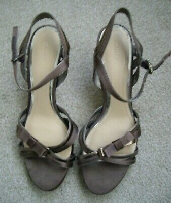 Ladies Clarks Shoes Brown Size 6 1/2 Very Good Con Wedding Evening  • 19.99£