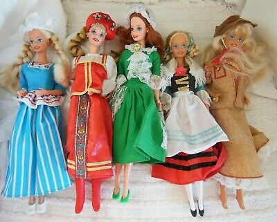 $ CDN5 • Buy Lot Of 5 Vintage Barbie Dolls 1976 All Very Good Condition World Costumes