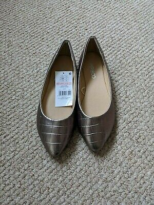 Ladies Pewter Pointed Flat Ballet Shoes Size 5 BNWT • 2£