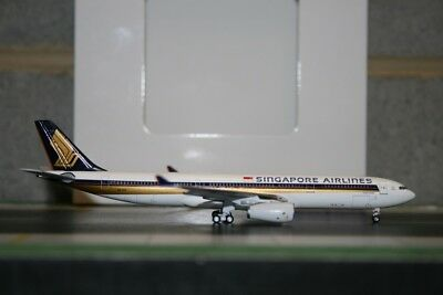 AU98 • Buy Aeroclassics 1:400 Singapore Airlines Airbus A330-300 9V-STF Model Plane