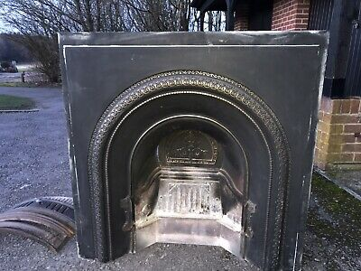 Metal Fire Place - Victorian Style • 50£
