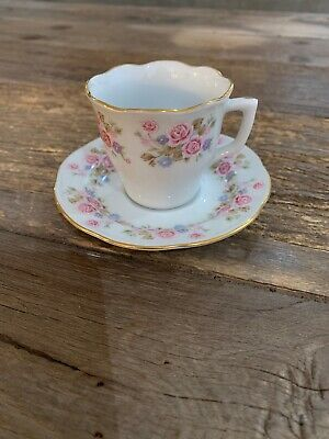 $4.99 • Buy Tea Cup And Saucer (2oz) Pink & White Roses With Goldtone Edges Made In China
