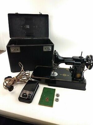 $499.99 • Buy Vintage 1953  Singer 221 Featherweight Sewing Machine, Case Works Runs Strong