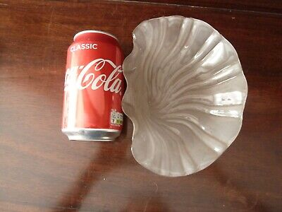 £10 • Buy Vintage Shell Shaped Frosted Glass Liner For Metal/ Silver Plated Dish