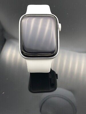 $ CDN394.87 • Buy Apple Watch Series 4 44mm Space Gray Case With White Sport Band MU6D2LL/A