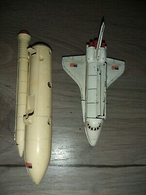 Dinky Toys 364 NASA United States Space Shuttle And Booster Rocket  1 Missing  • 17.99£