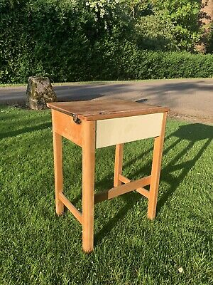 Childs Old Wooden School Desk • 30£