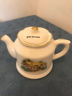 Minature Teapot Great Yarmouth- Thatched Cottage By Norfolk China • 3.99£