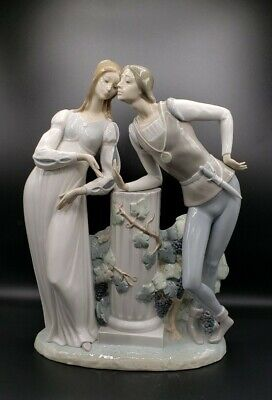 $289 • Buy Large Lladro Romeo & Juliet Figurine, Retired, 17  Tall X 13  Wide