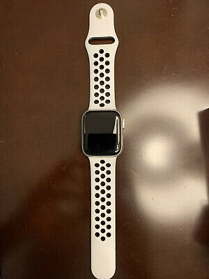 $ CDN180.14 • Buy Apple Watch Series 4 Nike+ 40 Mm Silver Aluminum Case With Pure Platinum Band